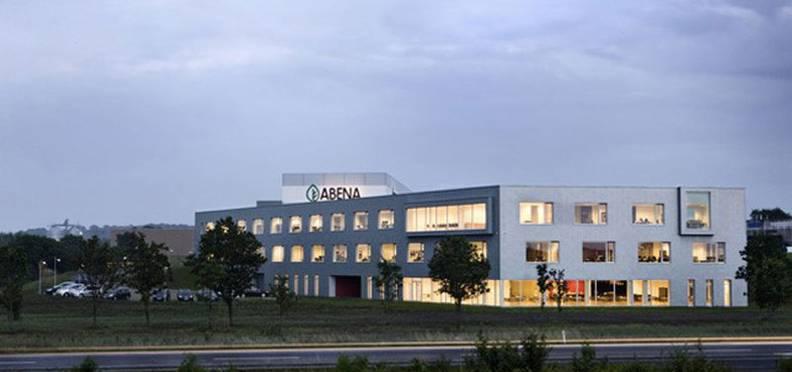 Nye produktions- og lagerhaller