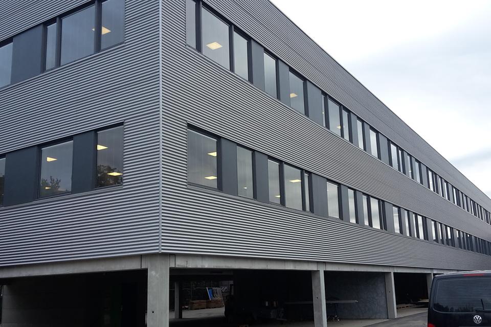Færdig administrationsbygning